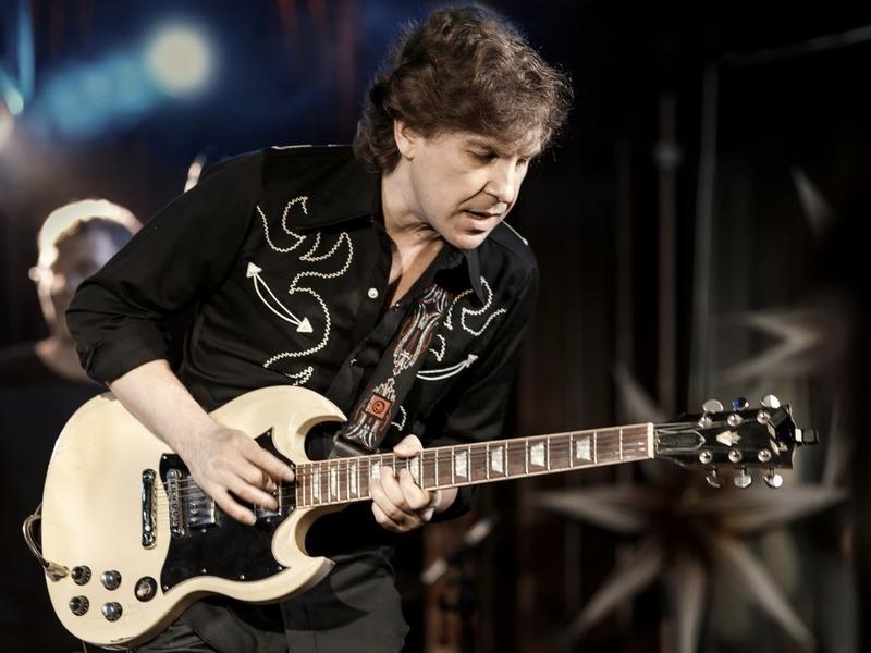 вадим иващенко соло на гитаре виртуозный гитарист концерт в москве блюз соул фанк р'н'б