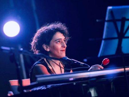 лучший современный джаз пианистка экстра-класса живой звук импровизация бесплатный концерт в москве