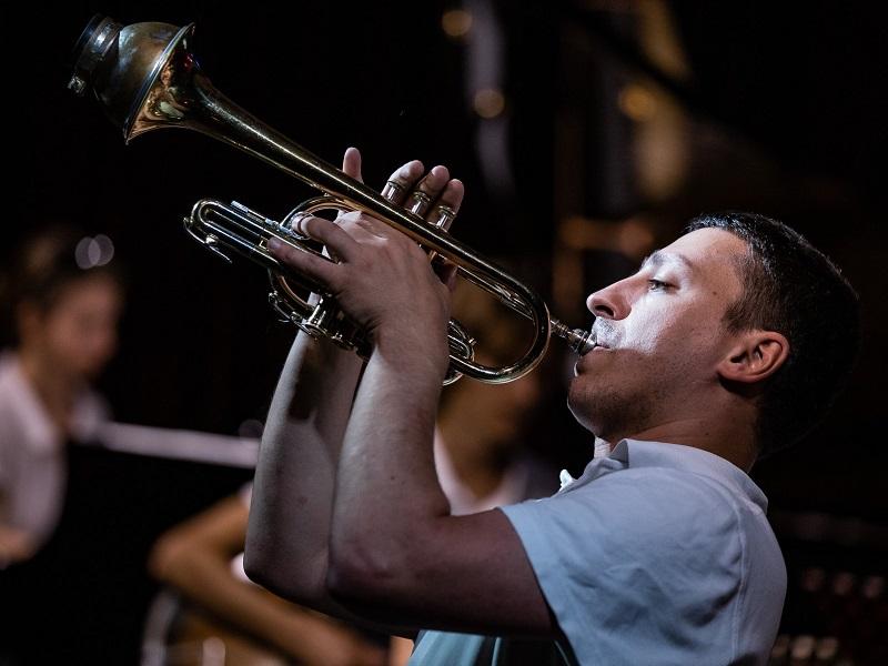 джаз джем эвергрины трубач Петр Востоков инструментальная музыка живой звук ночной бесплатный концерт в Москве