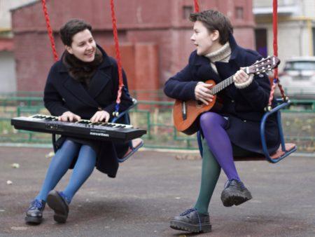 сестры лисичкины сходить в москве на перформанс театральное шоу любимые хиты песни приятная музыка провести время любимая музыка