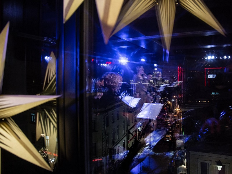 бранч джаз комфорт европейское меню широкий выбор напитков живой звук шедевры джаза