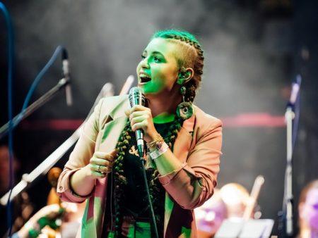Соул прекрасный женский вокал Шуня Балашова новогодний концерт в москве
