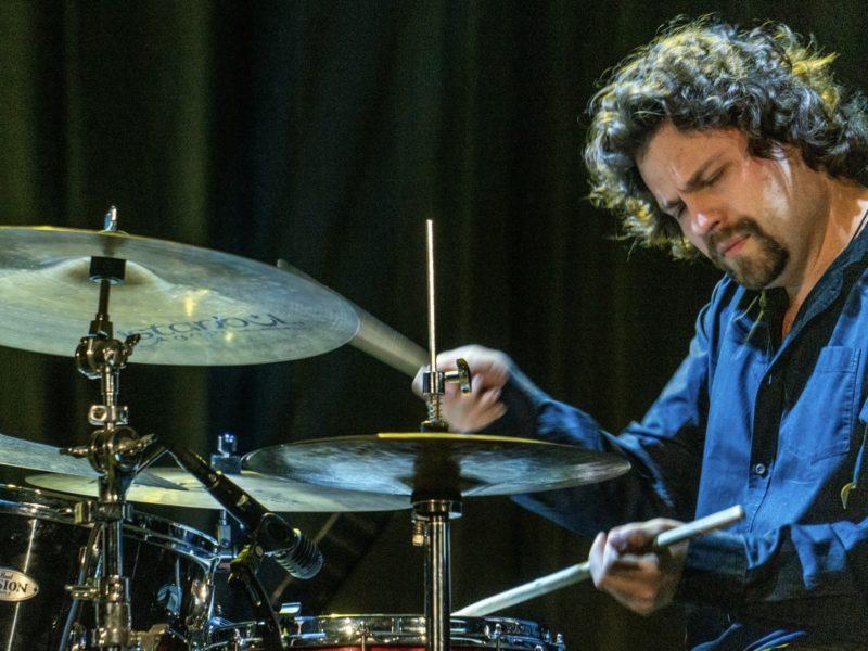 Петр Ившин Petr Ivshin джазовый барабанщик джем концептуальная интеллектуальная музыка концерт лучшего барабанщика в Москве