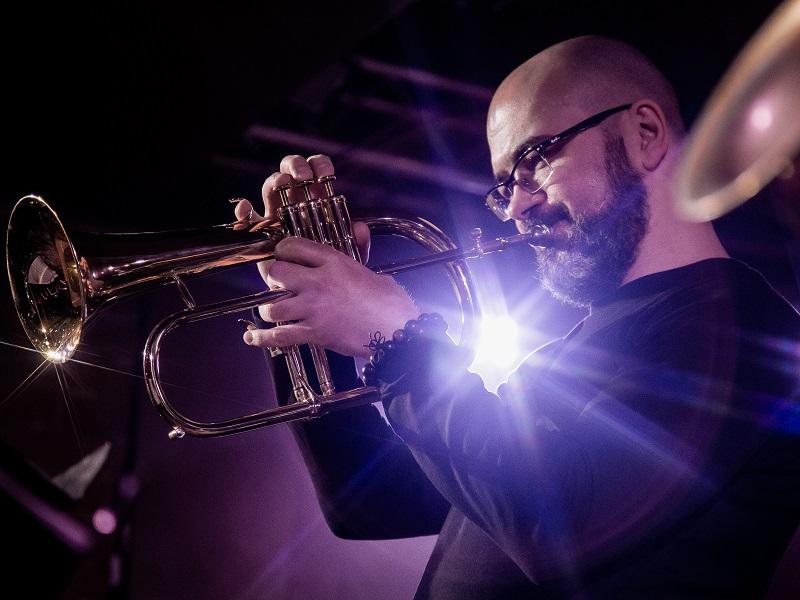 Джаз трубач Максим Дуров квинтет золотой состав билеты на концерт в Москве