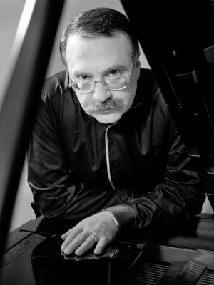 Даниил Крамер пианист
