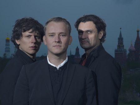 новый джаз фьюжн piano trio инструментальная музыка экстра-класса виртуозы рояль бас-гитара Лебедев Ревнюк Кравцов билеты на концерт в Москве