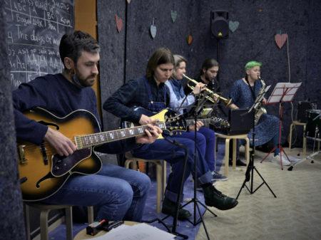 moonberry jam благотворительный джазовый концерт джазовые стандарты центр помощи особенным детям
